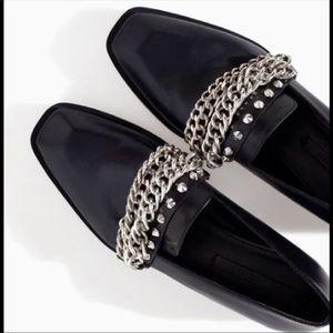 🖤Black Zara loafers